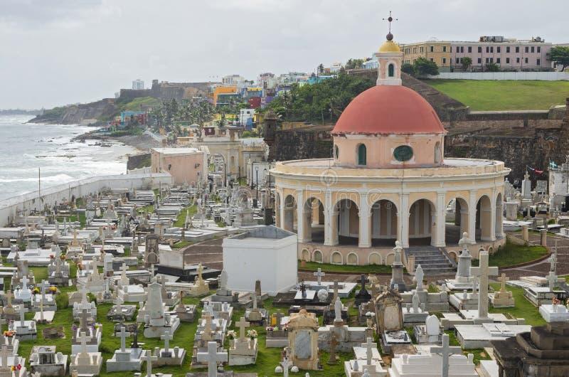 Cimitero e linea costiera storici di San anziano Juan Puerto Rico fotografia stock libera da diritti