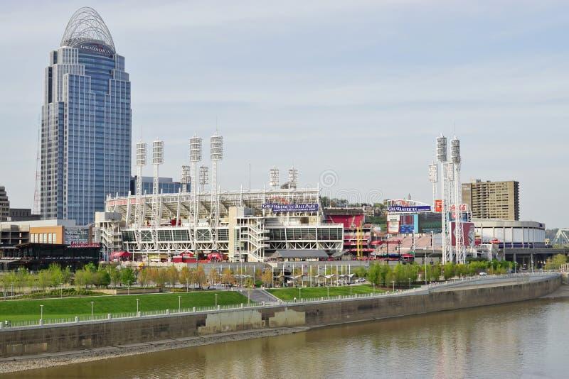Cincinnati du centre, la ville de la Reine photo stock