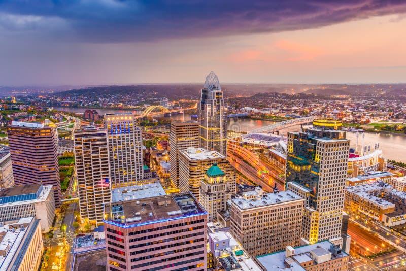 Cincinnati, Ohio, orizzonte di U.S.A. immagini stock libere da diritti