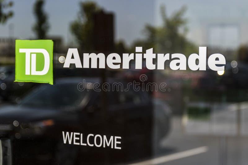 Cincinnati - Około Maj 2017: TD Ameritrade lokalny gałęziasty biuro TD Ameritrade w online maklerze zapasy i inwestycje Ja zdjęcie stock