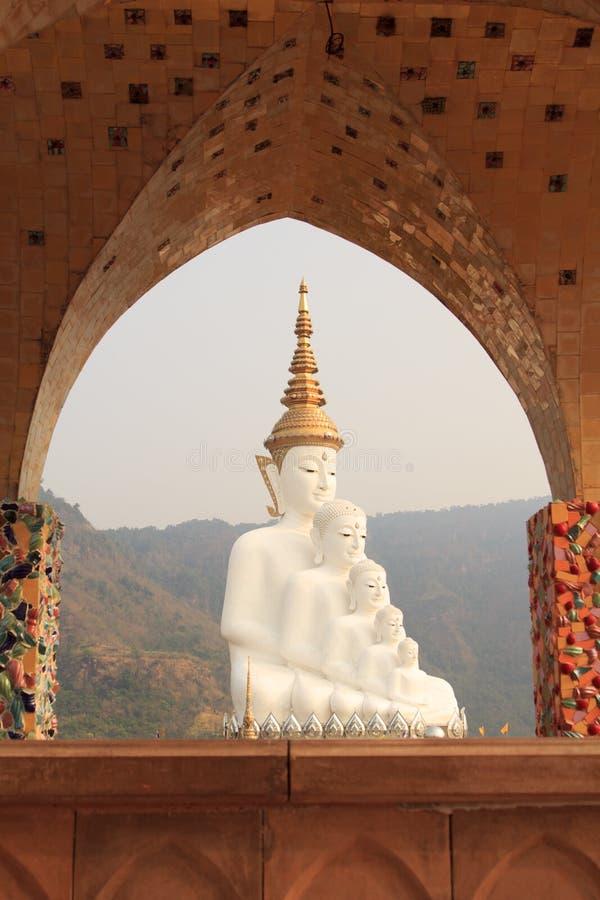 Cinco Budas no templo do phasornkaew de Wat, opinião de Bigwhite de A de Beauti foto de stock royalty free
