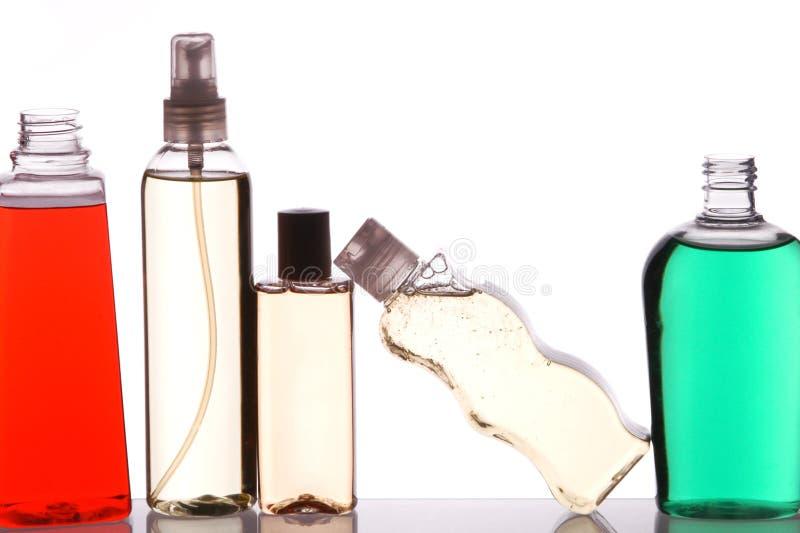 Cinco frascos na prateleira imagens de stock royalty free