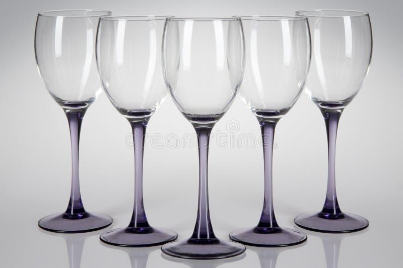 Cinco vidros de vinho fotografia de stock royalty free