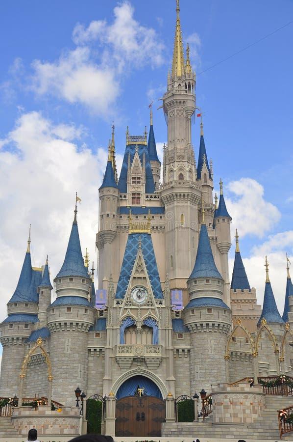 Cinderella Castle bij Magisch Koninkrijkspark, Walt Disney World Resort Orlando, Florida, de V.S. royalty-vrije stock foto's