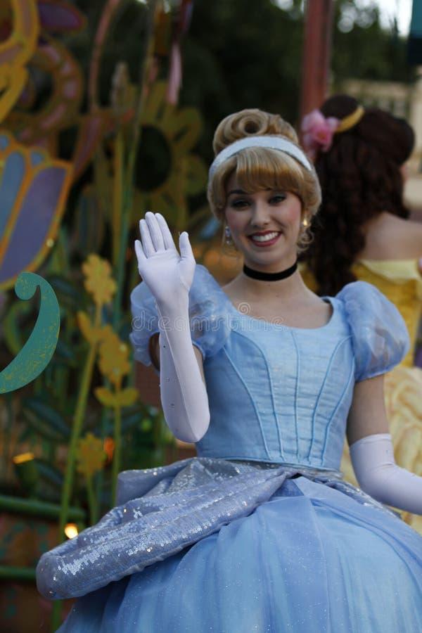 Cinderella em Disneyl?ndia fotografia de stock royalty free