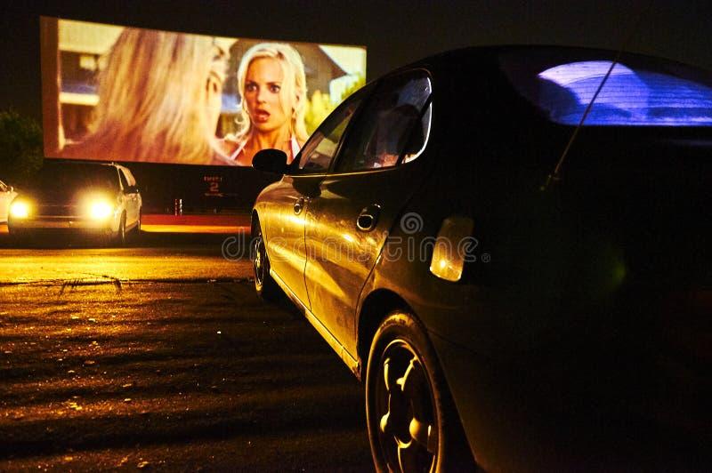 Cine parkowy outside kino w Kanada podczas nighttime zdjęcia stock