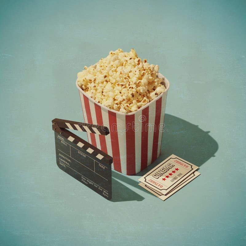 Cine y entretenimiento libre illustration