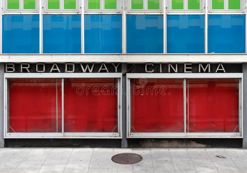 Cinema abandonado imagens de stock