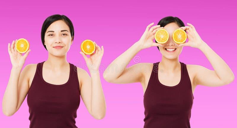 Cinese felice del collage, donna asiatica, ragazza che tiene i pezzi di arance isolate su fondo porpora, concetto cosmetico di cu fotografie stock