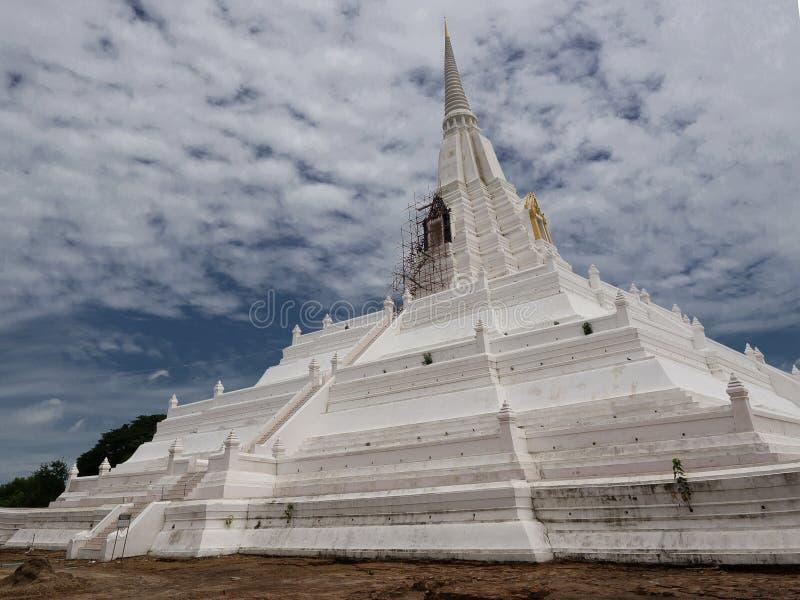 Cinghia di Chedi Phukhao, Ayutthaya immagini stock
