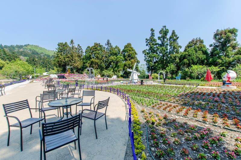 Cingjing liten schweizareträdgård i Nantou, Taiwan arkivfoton
