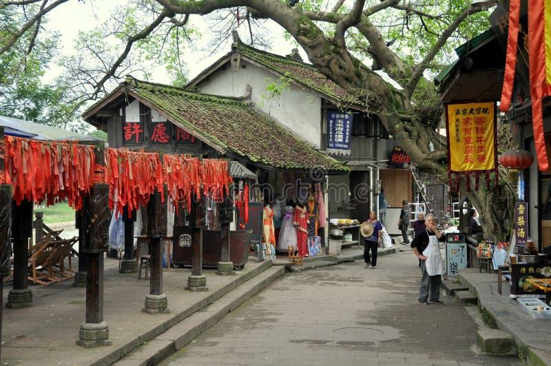 Cinglement le, Chine : Scène de rue dans la vieille ville images stock