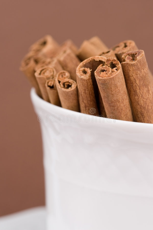 Free Cinnamon Sticks Royalty Free Stock Photo - 4444505