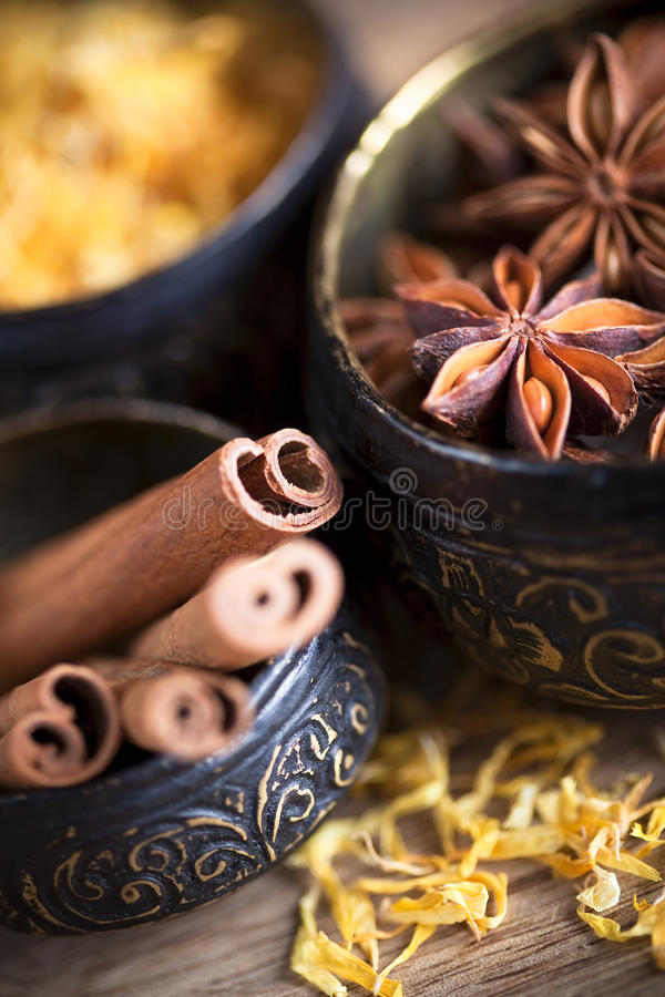 Free Cinnamon Sticks And Star Anise Stock Image - 13596771