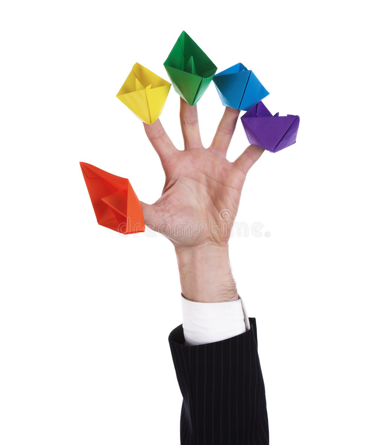 cinq bateaux de papier image stock