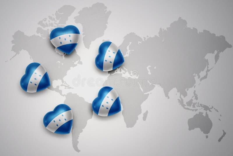 cinq coeurs avec le drapeau national du Honduras sur un fond de carte du monde illustration de vecteur