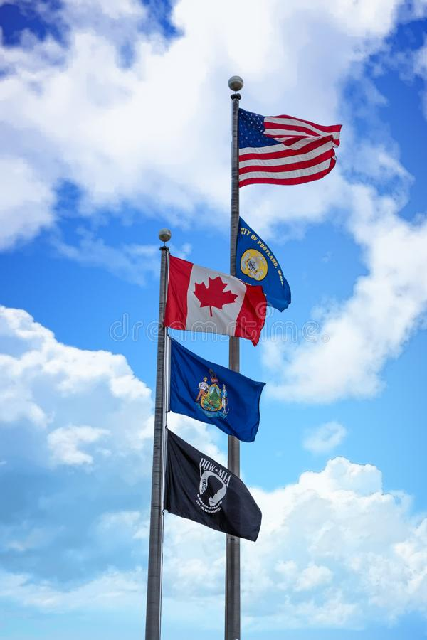 Cinq drapeaux dans Maine photos libres de droits