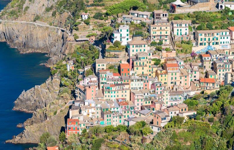 Download Cinque Italy Riomaggiore Terre Malowniczy Miasteczko Pięć Ziemi, Włochy Zdjęcie Stock - Obraz złożonej z morze, podróż: 53792218