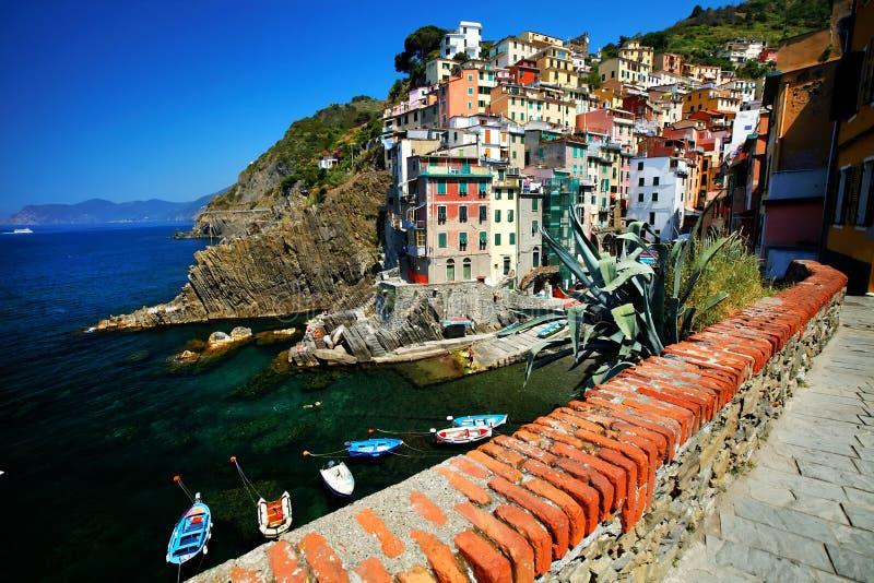 cinque Italy riomaggiore terre wioska zdjęcie royalty free