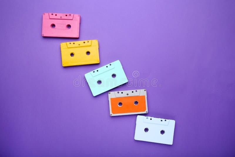 Cinta de cassette colorida imágenes de archivo libres de regalías