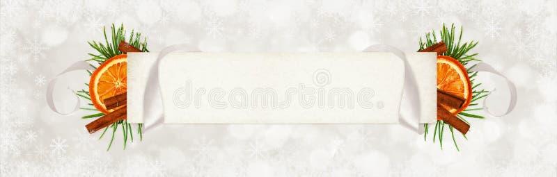 Cinta de seda gris encrespada y una tarjeta de papel para el texto con la Navidad imagen de archivo