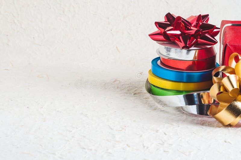 Cintas coloridas de la Navidad fotos de archivo libres de regalías
