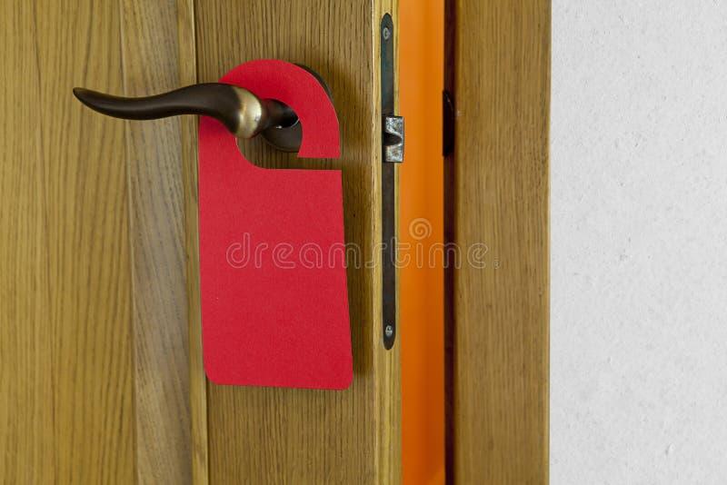 Cintre de porte rouge images stock