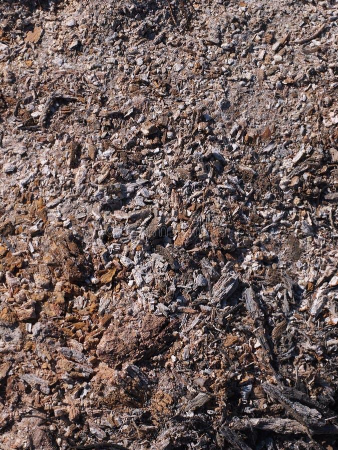 Cinza ardente poluída do desperdício industrial e do agregado familiar imagens de stock