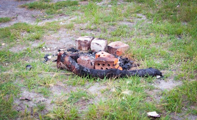 Cinzas após o fogo imagem de stock