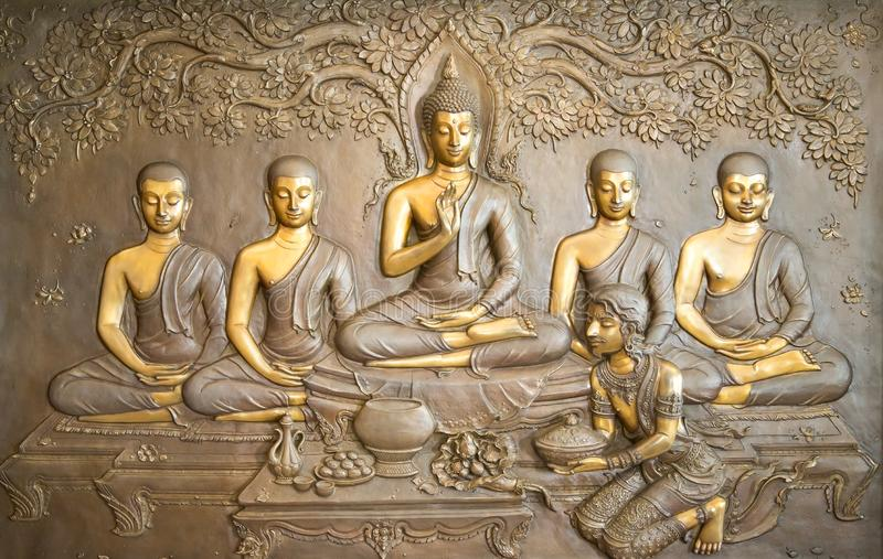 Cinzeladura de madeira da Buda As pinturas murais dizem a história sobre a história do ` s da Buda imagem de stock royalty free