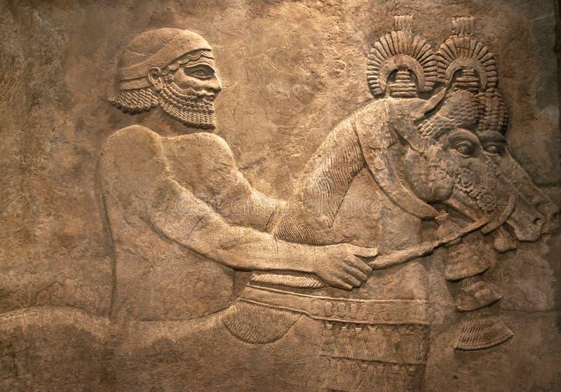 Cinzeladura de pedra egípcia antiga fotos de stock