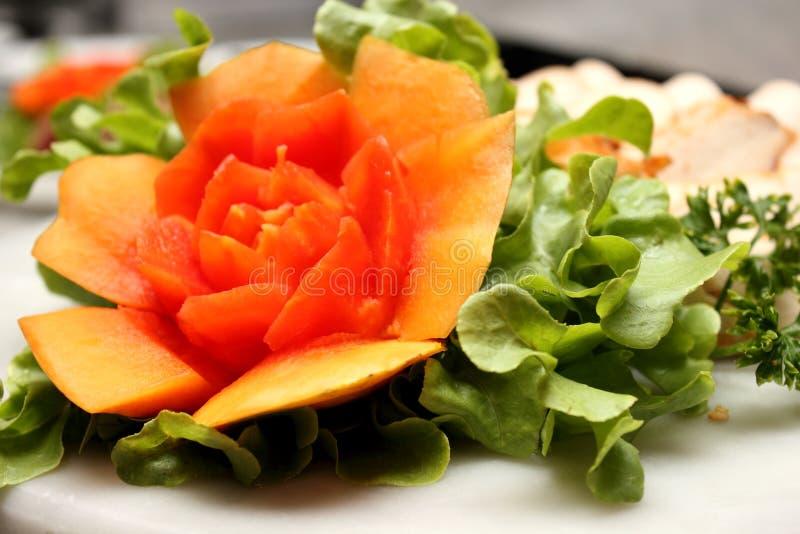 Cinzeladura madura do fruto da papaia fotos de stock royalty free