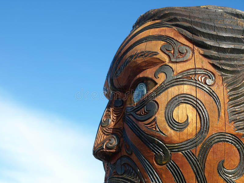 Cinzeladura maori tradicional foto de stock royalty free