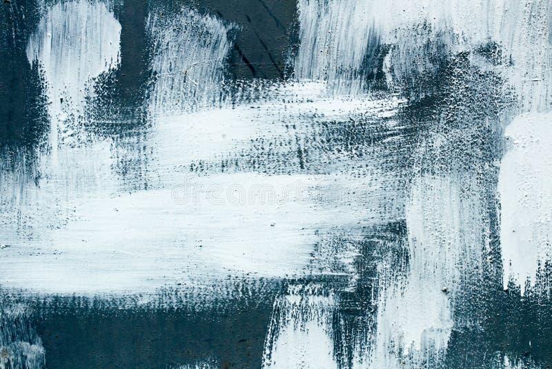 Cinzento escuro e o branco escovaram cursos caóticos da escova de pintura do estilo do fundo da textura imagens de stock