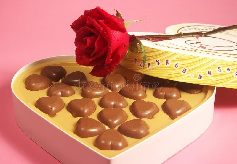 cioccolato di figura del cuore fotografie stock