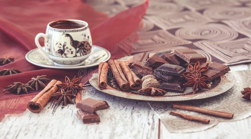 Cioccolato e spezie del caffè turco fotografie stock