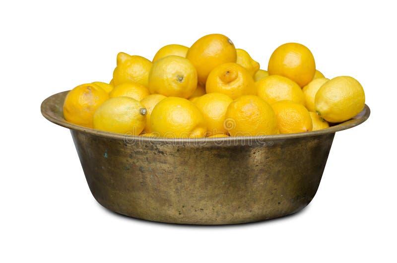 Ciotola con i limoni fotografie stock libere da diritti