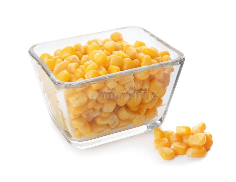 Ciotola con i noccioli di cereale fotografie stock libere da diritti