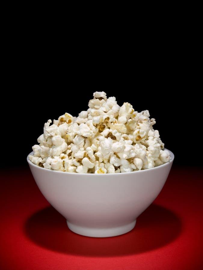 Ciotola del popcorn immagine stock
