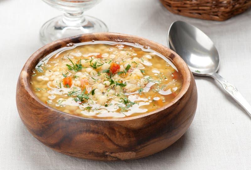 Ciotola di minestra italiana del minestrone immagini stock libere da diritti