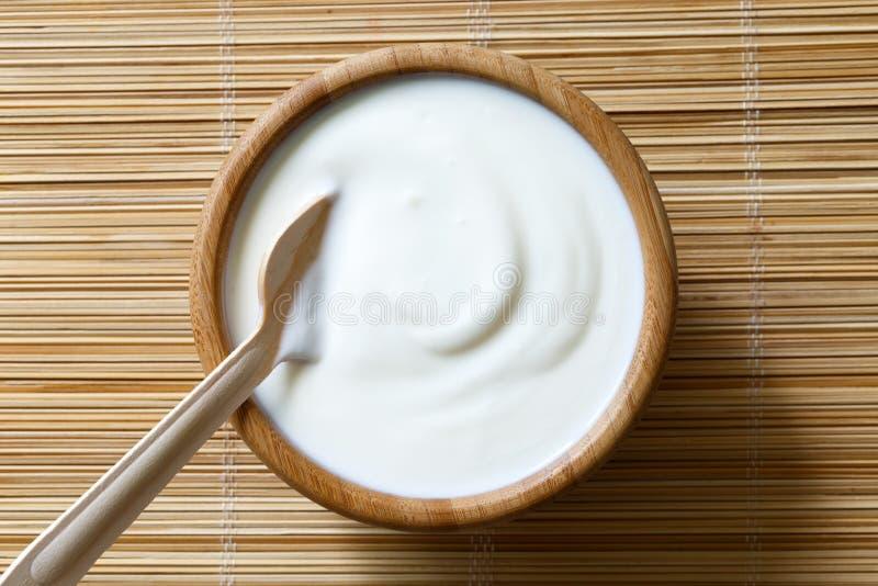 Ciotola di yogurt fotografia stock