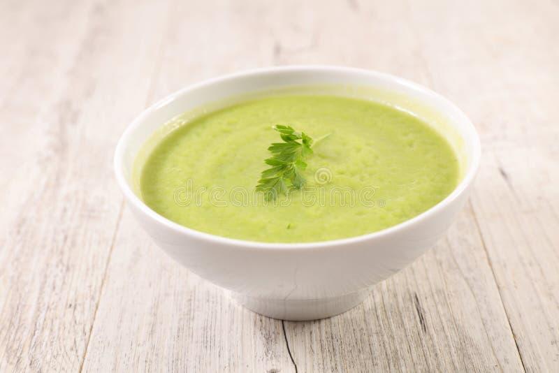 Ciotola di zuppa di zucchine fotografia stock