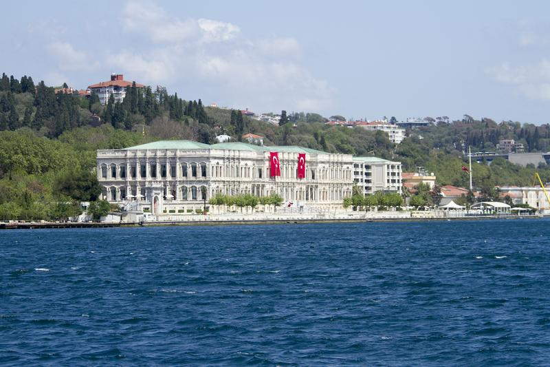 ciragan pałac, Istanbuł cieśnina, indyk zdjęcia royalty free