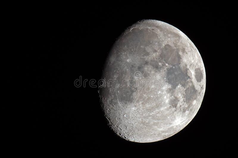 Cirage de la lune gibbbeuse image libre de droits