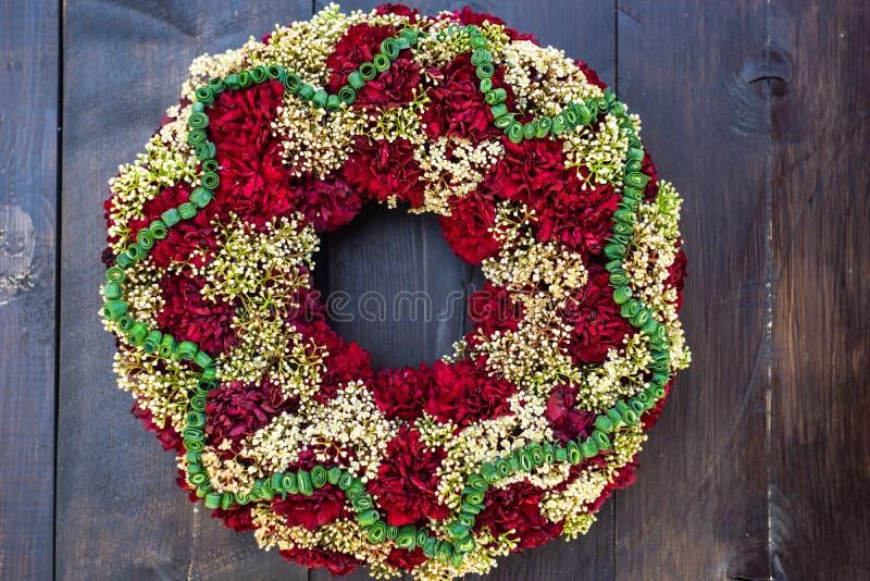 circlet цветков гвоздики стоковая фотография rf