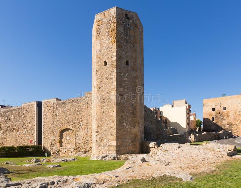 Circo e torre romanos de Pretorium em Tarragona imagem de stock royalty free