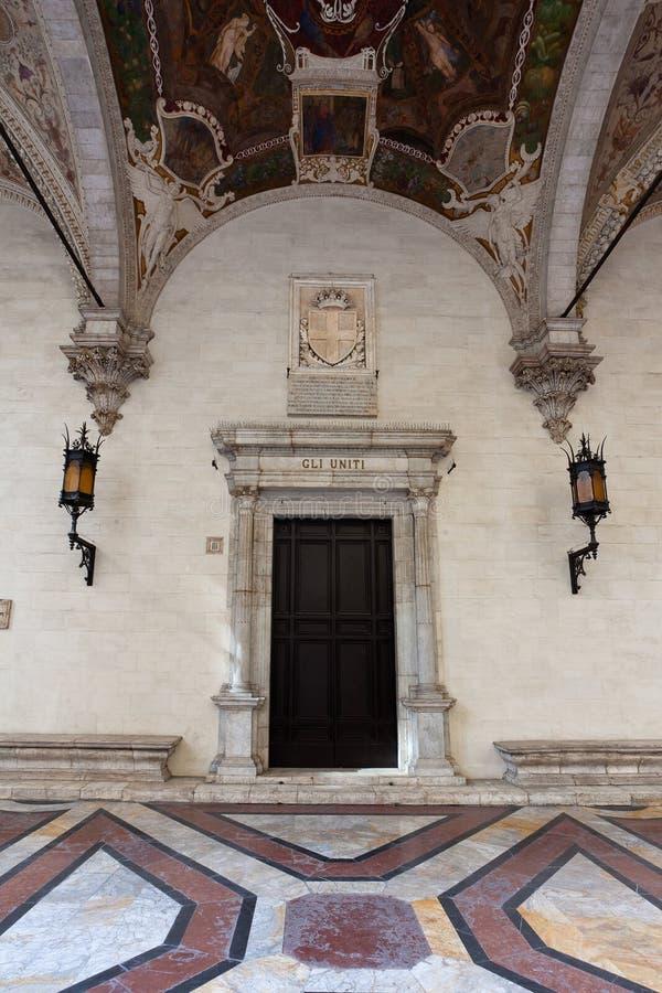 Circolo degli Uniti, Loggia della Mercanzia, Siena, Tuscany, Италия стоковое фото rf