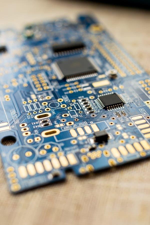 Circuitboard με τα μικροτσίπ αντιστατών και smd τα ηλεκτρονικά συστατικά στοκ εικόνες με δικαίωμα ελεύθερης χρήσης