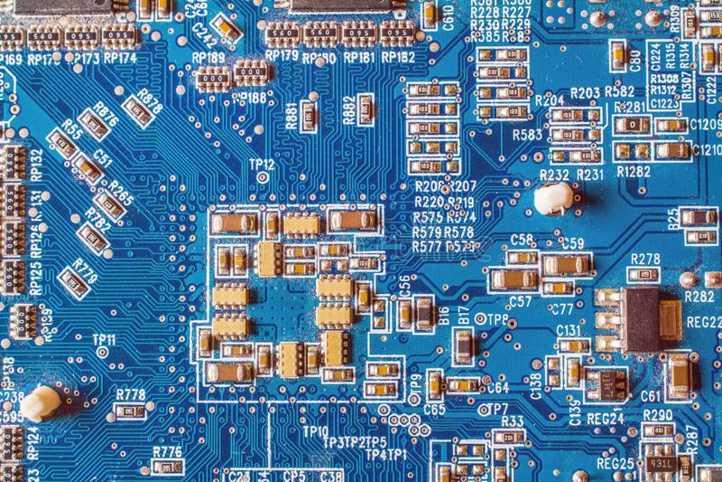 circuitboard mit Widerständen lizenzfreies stockbild