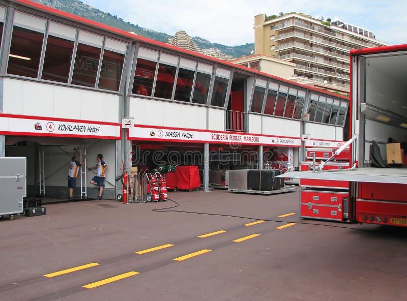 Circuito de Monaco - prado de Ferrari da equipe imagem de stock